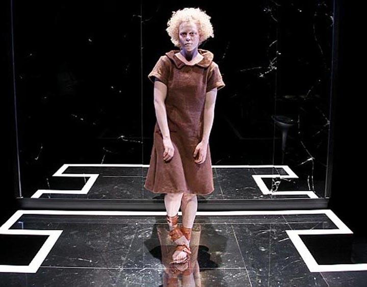 yvonne theatral show director cilla back portfolio preview
